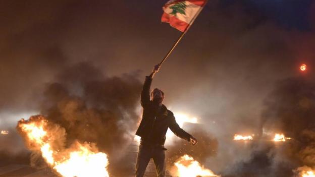 """باريس تضغط على """"المعطّل باسيل"""" وتشارك الراعي رؤيته السيادية"""