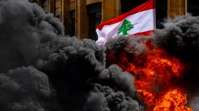 لبنان أمام أيام صعبة... مشهد الشارع مقدمة والعناد سيّد الموقف