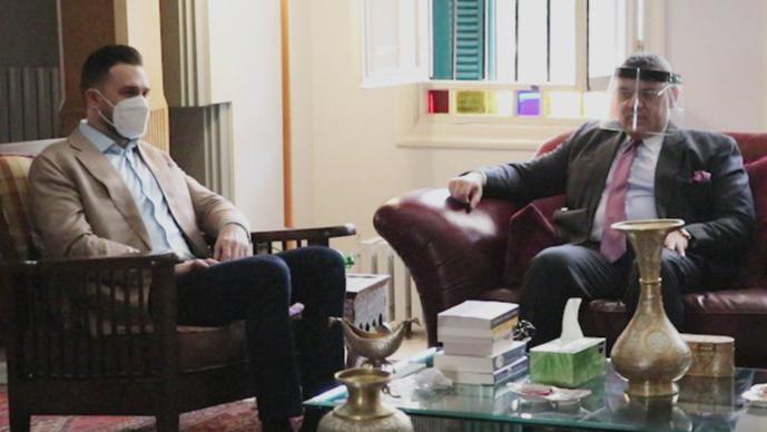 النائب جنبلاط أكد لسفير مصر عمق العلاقة التاريخية وأهمية الدور المصري