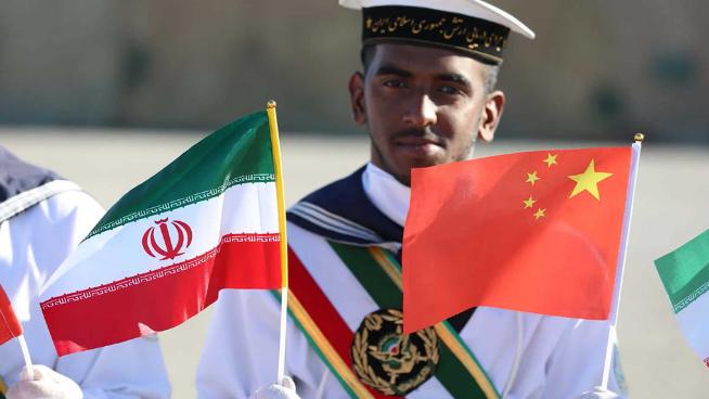 """""""وول ستريت جورنال"""": الإتفاق الإيراني - الصيني يهديد إستقرار الشرق الأوسط"""