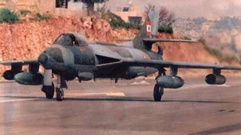 لبنان يبيع طائرات مقاتلة وهليكوبتر.. وخطة لتحديث القوات الجوية