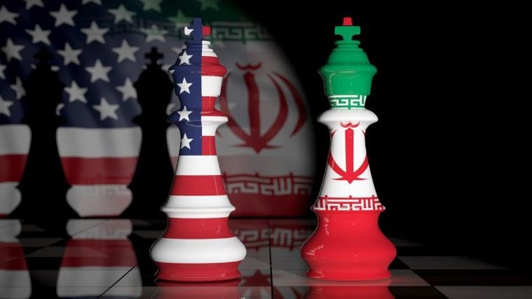 """عين إيران على صفقة مع """"الشيطان الأكبر"""""""