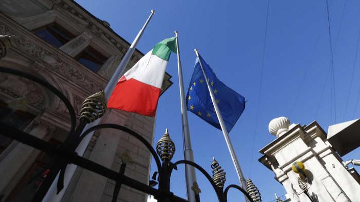 إيطاليا تطرد موظفَين في السفارة الروسية على خلفية قضية تجسس