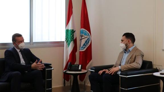 النائب جنبلاط عرض الأوضاع العامة مع سفير دولة سلوفاكيا في لبنان
