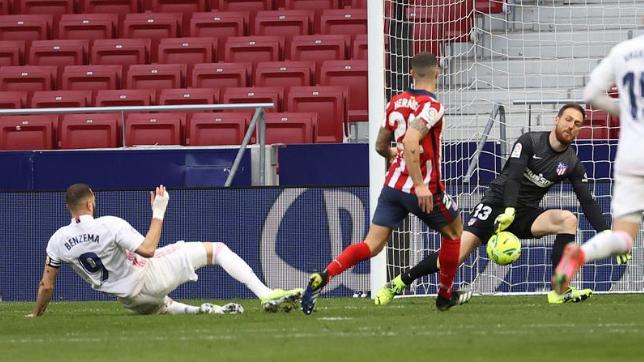 بنزيما يحرم أتلتيكو من فرحة الفوز على ريال مدريد
