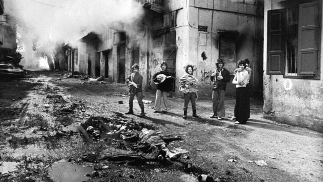 بعد 46 عاماً اللبنانيون يترحمون على الحرب.. لا خلاص إلّا بالتسوية