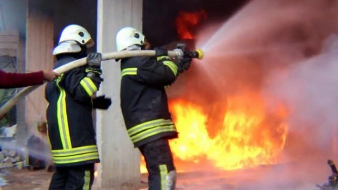 إخماد حريق في الطريق الجديدة