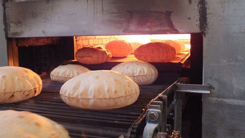 أزمة الخبز على حالها كما مشاهد الإذلال والصمت الرسمي... فماذا تريد الأفران؟