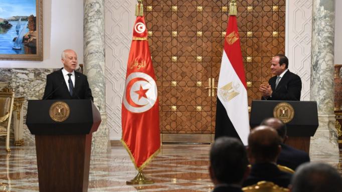 زيارة قيس سعيد للقاهرة توَّجت حصار الإنفلاش الإخواني