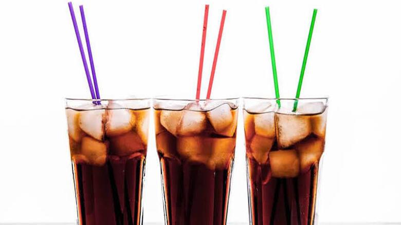 عصير الخروب في رمضان.. يروي عطشك ويُنشط الكلى