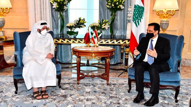 دياب التقى وزيري الاوقاف والمالية في دولة قطر