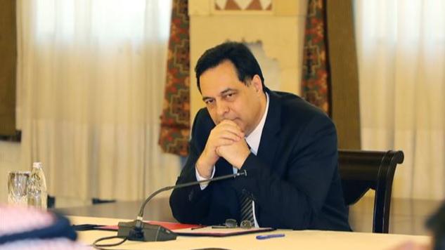 دياب: قطر وعدت بمواصلة مساعدة لبنان.. وعلى عون توقيع المرسوم 6433