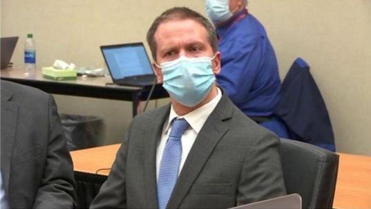 إدانة الشرطي الأميركي السابق ديريك شوفين بقتل جورج فلويد