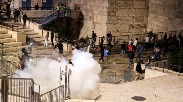 """""""التقدمي"""" يحيّي انتفاضة المقدسيين في فلسطين: انتهاكات العدو الإسرائيلي اعتداء على القيم الانسانية"""
