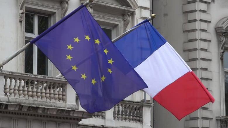 """فرنسا تمنع دخول سياسيين """"معرقلين"""" و""""متورطين في الفساد"""""""