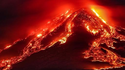 هل يهدد بركان اتنا الإيطالي سكان لبنان والشرق الأوسط؟
