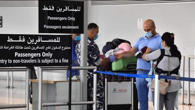 """وزارة الصحة: 66 حالة """"كورونا"""" على متن رحلات وصلت الى بيروت"""
