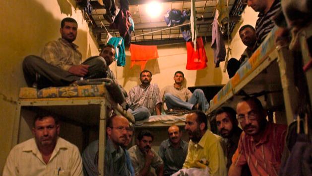 الاكتظاظ وكورونا يحوّلان السجون الى قنبلة موقوتة... والغذاء جديد الأزمات