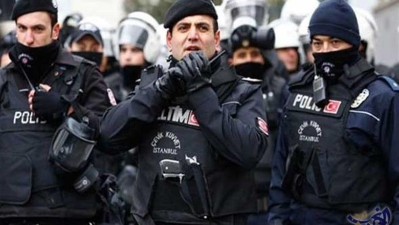 شرطة اسطنبول تعتقل العشرات لمحاولتهم تنظيم مسيرة عيد العمال