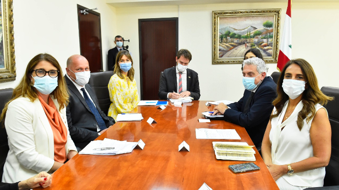 عكر عرضت مع نائبة وزير التعاون الإنمائي الدولي في وزارة الخارجية السويدية أهمية دعم السويد والمجتمع الدولي للبنان