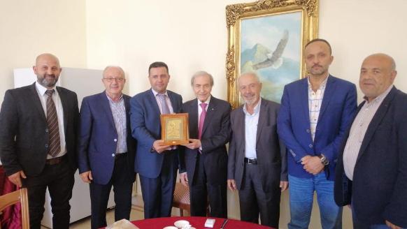 الخليل مكرماً علوان: نجح العهد بهدم هيكل لبنان الكبير