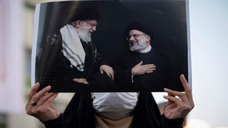 صمت انتخابي في إيران.. والاستطلاعات تعاكس إرادة خامنئي