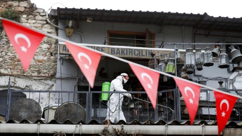 تركيا تفرض حجراً صحياً لمدة 14 يوماً على القادمين من 8 دول