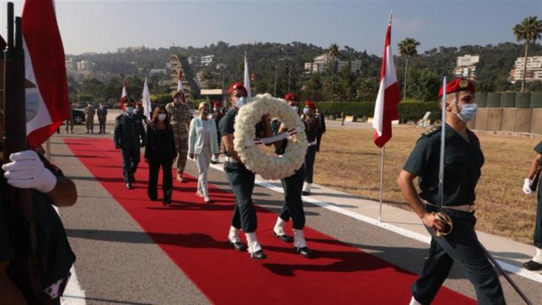لقاء بين عكر و وزيرة الدفاع النمسوية أكد دعم النمسا وتضامنها حكومة وشعباً مع لبنان