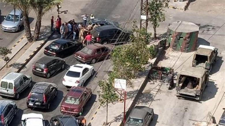 بالصّورة: قطع طريق البداوي الدولي بالإتجاهين