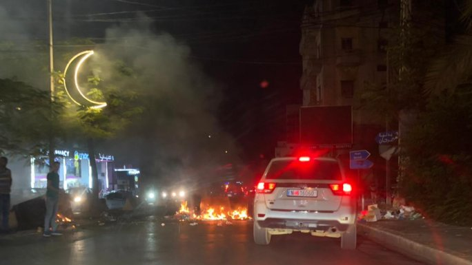 محتجون قطعوا الطريق عند تقاطع إيليا في صيدا