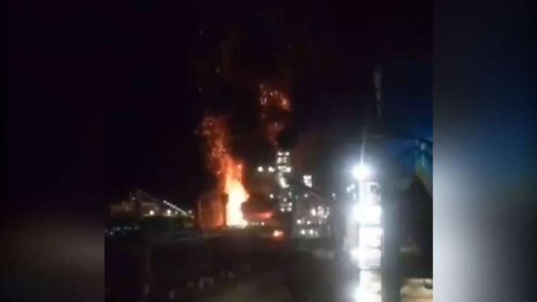 إندلاع حريق بعد إنفجار في مصنع للصلب في إيران