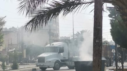 محتجون قطعوا طريق البداوي الدولي في الإتجاهين