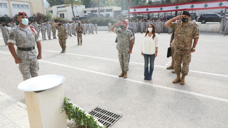 جولة تفقدية لعكر على عدد من أفواج الجيش اللبناني
