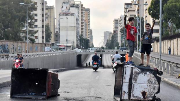 """تحذير من تحوّل لبنان إلى """"فنزويلا 2"""".. وسيناريو أسود يلوح في الأفق"""