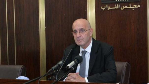 عراجي: الذهاب الى مؤتمر تأسيسي جديد قد يضع البلد في مهب الفوضى
