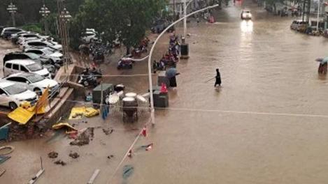 الصين تشهد امطاراً لم تعرف مثيلاً لها منذ 1000 عام!