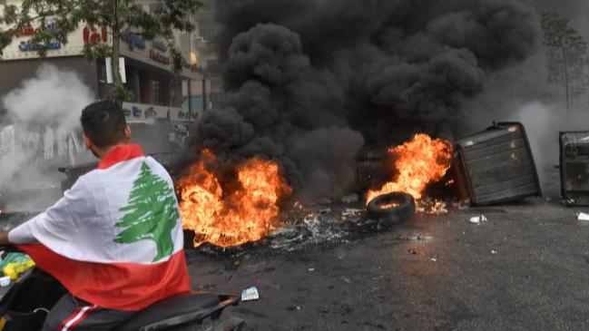 لبنان... ذروة السقوط