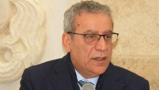 بزي: تشكيل الحكومة ممر للانقاذ