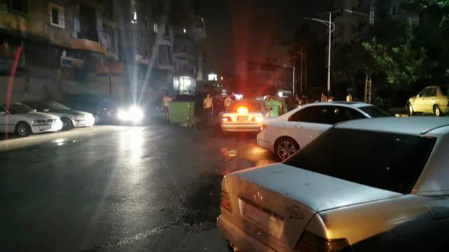 شبان من باب التبانة قطعوا مستديرة أبو علي بسبب الكهرباء