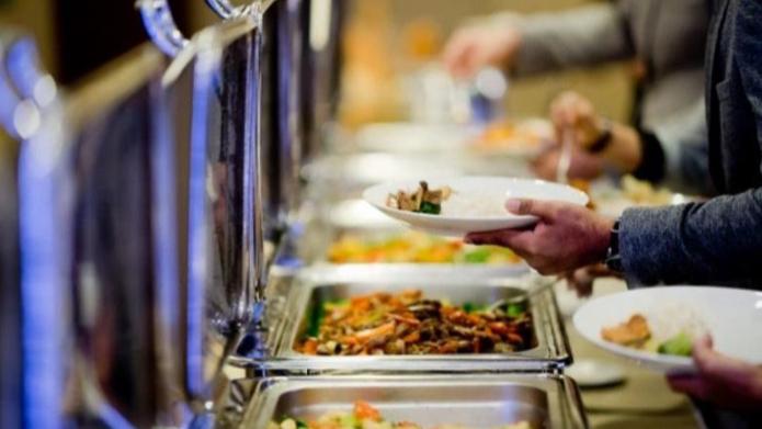 السلامة الغذائية في خطر.. والمطاعم تصرخ: لا تُحمّلونا وزر الأزمة
