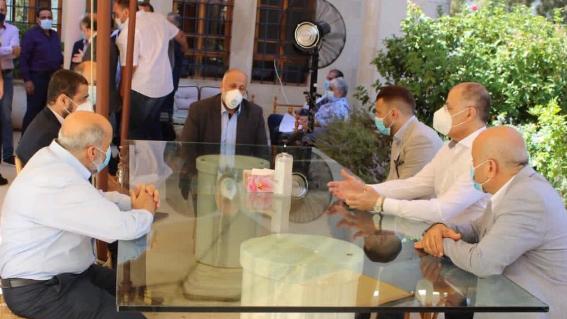النائب جنبلاط التقى الجماعة الاسلامية ووفودا في المختارة