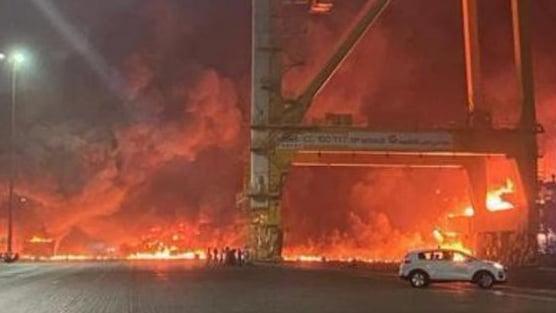 بالفيديو: إنفجار في ميناء دبي.. ولا إصابات
