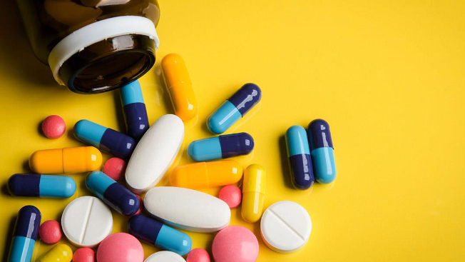 ماذا لو احتاج مسؤولٌ إلى دواء سرطان؟