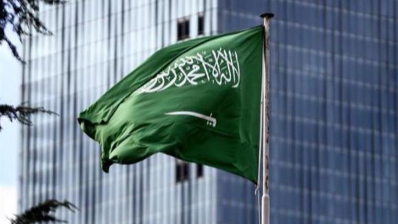 السعودية: متضامنون مع الشعب اللبناني ولكن أي مساعدة للحكومة تعتمد على قيامها بإصلاحات جادة وملموسة