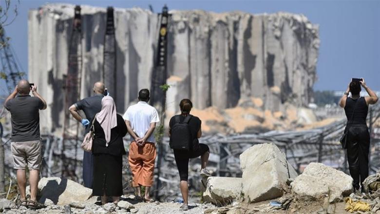 لجنة تجار جبيل دعت الى التزام الحداد واقفال جميع المؤسسات والصلاة لراحة انفس شهداء انفجار المرفأ