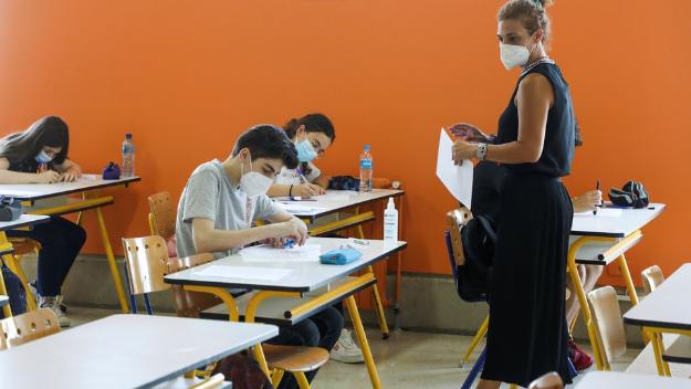 العام الدراسي مهدّد.. مستقبل غامض على وقع أزمة الكهرباء والمحروقات