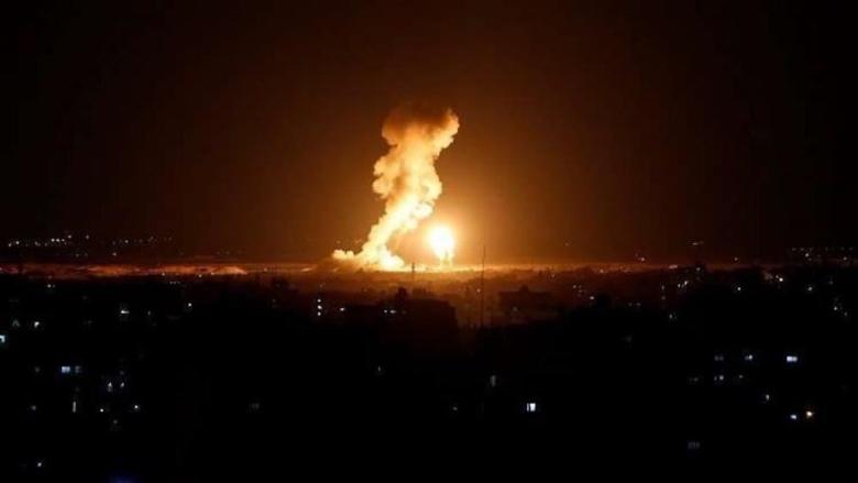 طائرات الإحتلال تشن غارات على أهداف في قطاع غزة