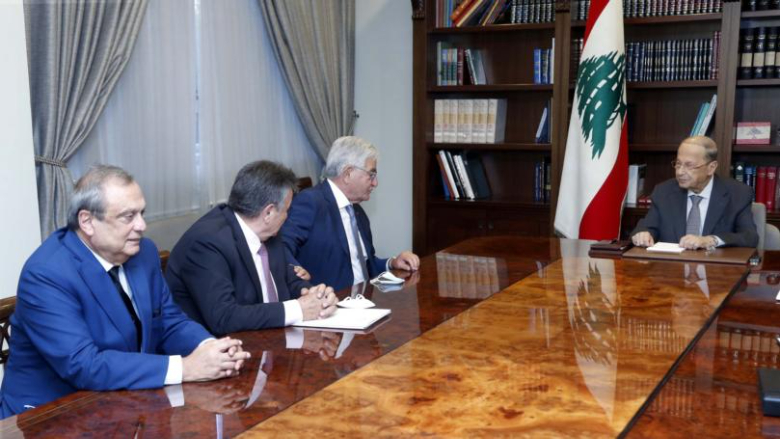 الرئيس عون التقى رئيس جمعية المصارف سليم صفير وعرض معه للواقع المصرفي