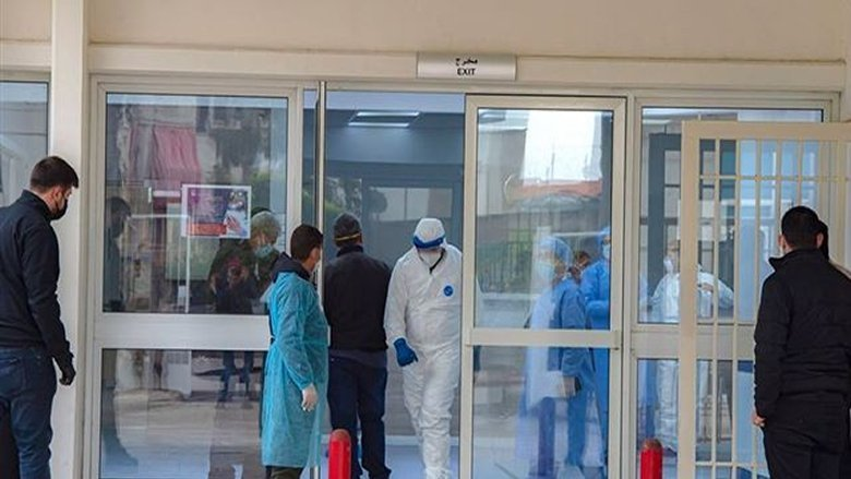 """مستشفى الحريري: 30 إصابة بـ""""كورونا"""" و14 حالة حرجة وحالتا وفاة"""