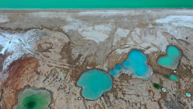 Five lakes in the Middle East at risk of drying up